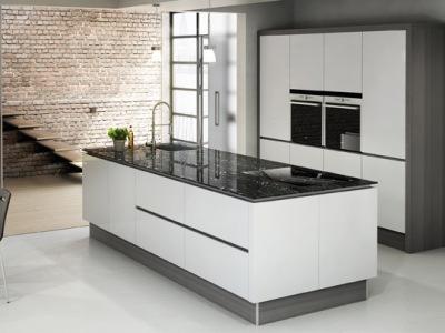 lechner arbeitsplatten und k chenr ckw nde. Black Bedroom Furniture Sets. Home Design Ideas