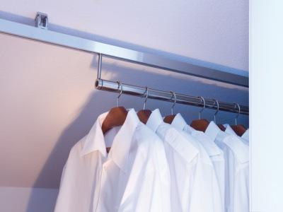 dressglider bei dachschr gen. Black Bedroom Furniture Sets. Home Design Ideas